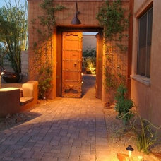 Traditional Entry by Stellar Gray Real Estate Services, LLC
