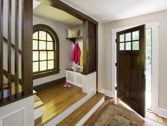 Craftsman Entry by Clawson Architects, LLC
