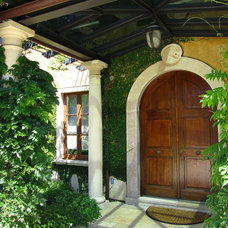 Mediterranean Entry by Pete Moffat Construction
