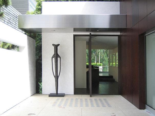 Modern Entry by Jensen Architects