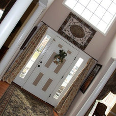 Traditional Entry Two Story Foyer