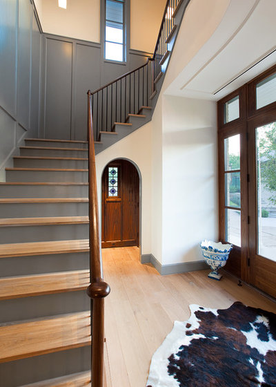 Contractor Tips Step Up To A Safe Stylish Staircase