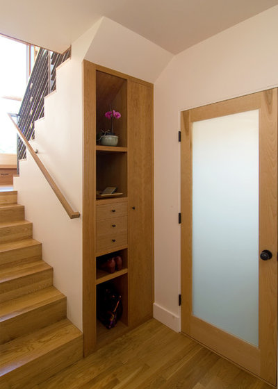 Contemporary Entry by Sogno Design Group