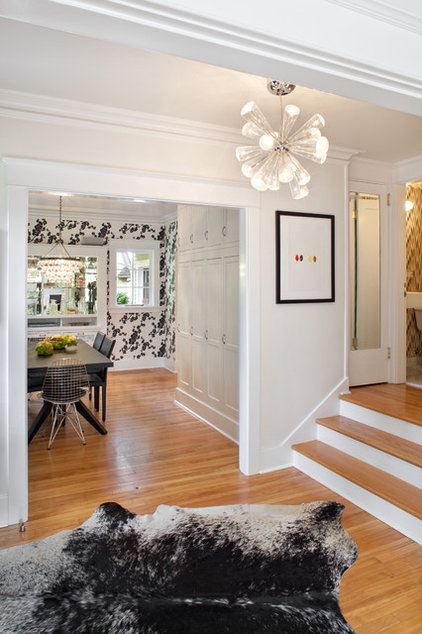Contemporary Entry by Josh Partee | Architectural Photographer