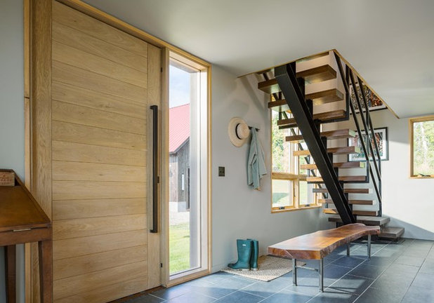 Modern Entrance by Joan Heaton Architects
