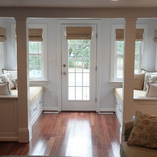 Beach Style Entry by Pine Street Carpenters & The Kitchen Studio