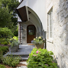 Traditional Entry by Michael Abraham Architecture