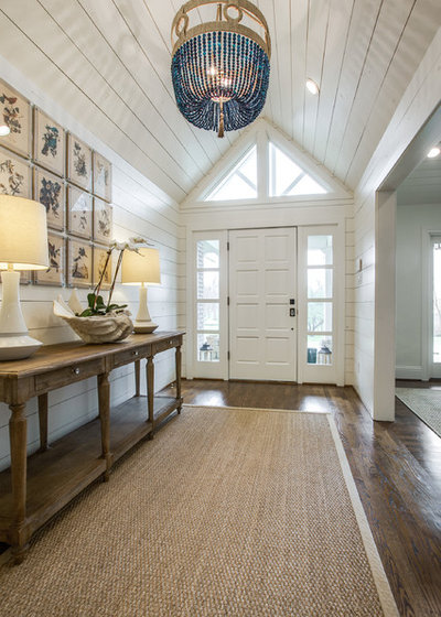 Beach Style Entry by Redo