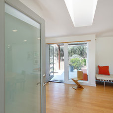 Modern Entry by Nick Deaver Architect