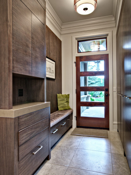 Transitional Mudroom Photo In Calgary