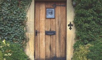 Waterwoood Fleur de Lis Doorbell