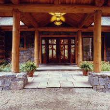 Traditional Entry by Rosen Group Architecture | Design