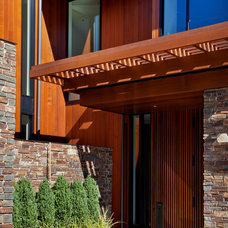 Contemporary Entry by Sundberg Kennedy Ly-Au Young Architects