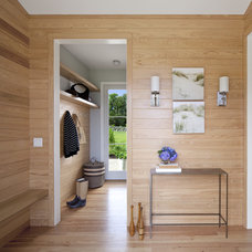 Contemporary Entry by Gale Goff Architect