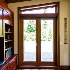 Traditional Entry by EuroLine Windows Inc.