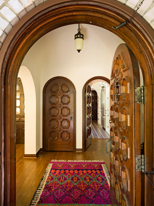 Spanish rug ideas pictures remodel and decor for Arch door design