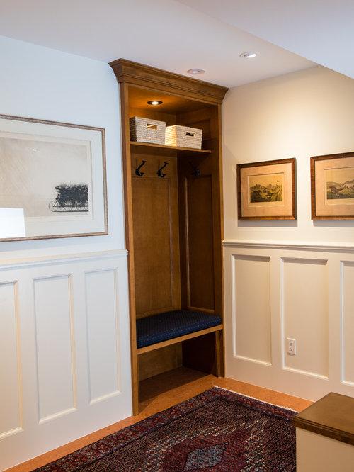 eingang mit korkboden und haust r hauseingang. Black Bedroom Furniture Sets. Home Design Ideas