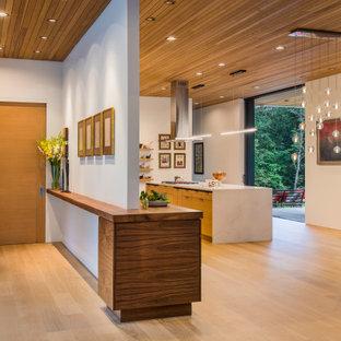 Wildwood - Entry - Kitchen