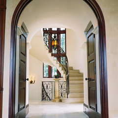 mediterranean entry by Studio William Hefner