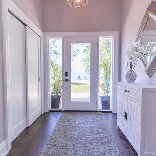 Foto di un ingresso o corridoio design