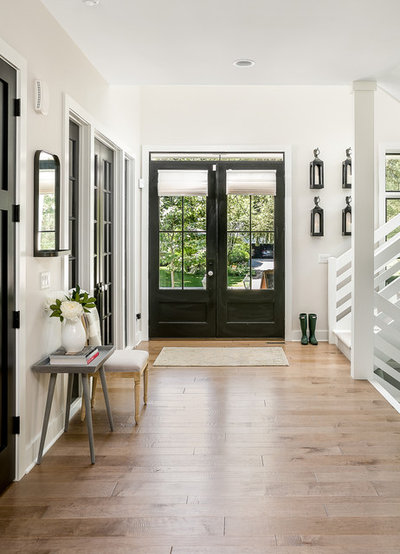 Country Entrance by M House Development