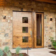 Contemporary Entry by Kogan Builders