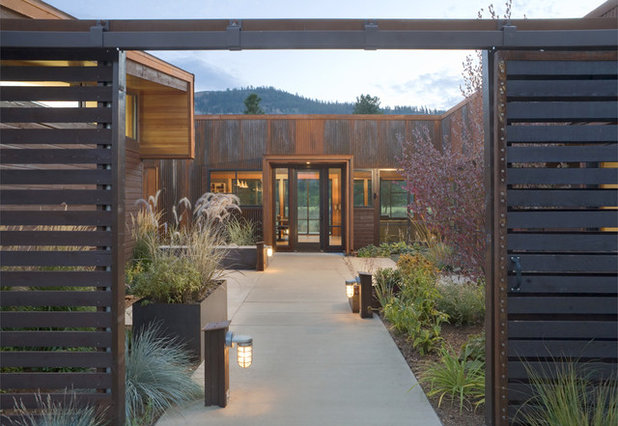 Contemporary Entry by Prentiss Balance Wickline Architects