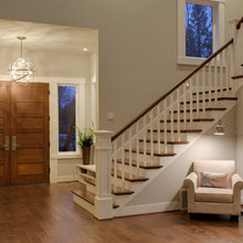 Entryway/Stairs