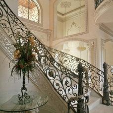 Mediterranean Entry by Sneller Custom Homes and Remodeling, LLC