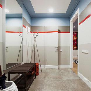 Свежая идея для дизайна: прихожая в стиле модернизм с разноцветными стенами - отличное фото интерьера
