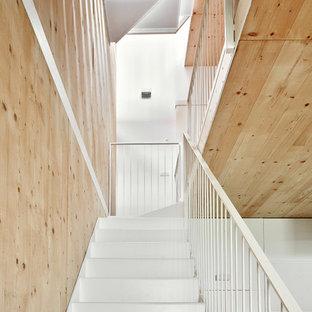 Foto de escalera en U, urbana, grande