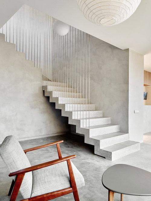 treppenhaus in l form mit beton treppenstufen treppenhausgestaltung und treppen design houzz. Black Bedroom Furniture Sets. Home Design Ideas