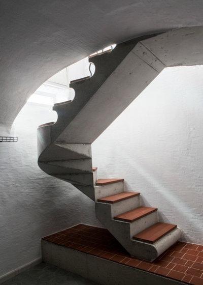 Rústico Escalera by A.E.A Albert Escola Architect