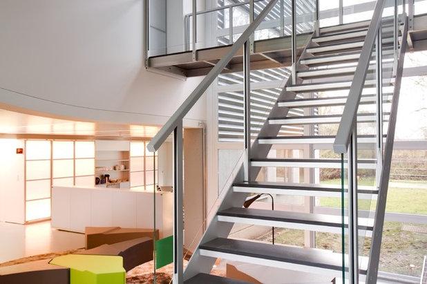 Contemporáneo Escalera by Escaleras RF Serveis