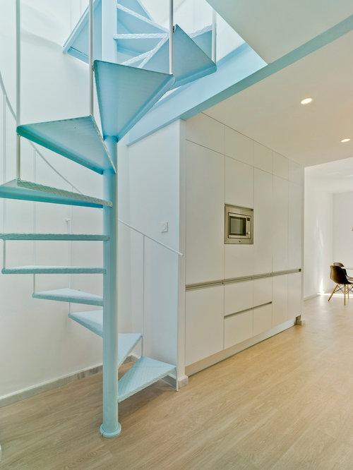 kleine mediterrane wendeltreppen ideen design bilder. Black Bedroom Furniture Sets. Home Design Ideas