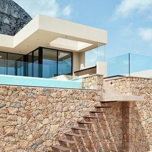 Ejemplo de escalera suspendida minimalista