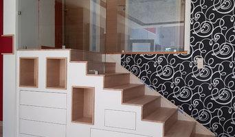 Escalier avec rangement intégré