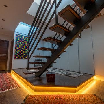Escalier contemporain - Villa Lisa