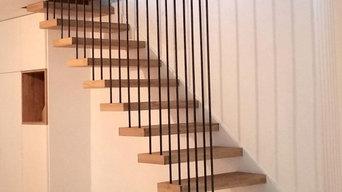 Escalier flottant acier et bois