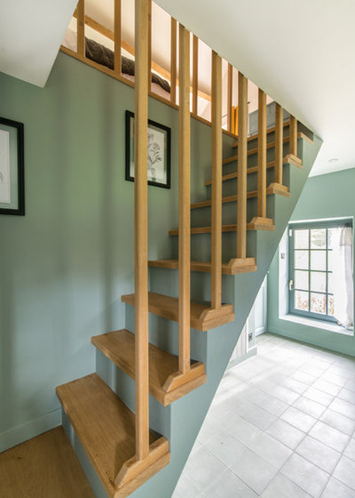 Farmhouse Staircase by LES CHANTIERS COTTIN