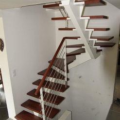 escaliers limon central métal