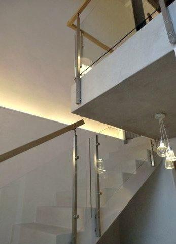 Habillage et garde-corps pour escalier béton