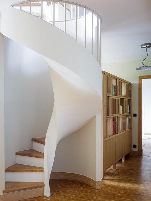 Images de d coration et id es d co de maisons cage d 39 escalier - Decoration escalier bois ...