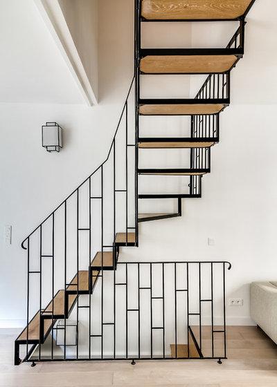 6 domande da porti prima di scegliere l illuminazione della scala. Black Bedroom Furniture Sets. Home Design Ideas