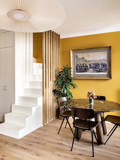 Contemporain Escalier by Pamela Martin