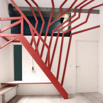 une mezzanine-arbre pour un enfant - a tree hut for a kid's bed