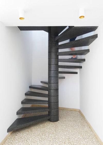 optimisez l 39 espace gr ce un escalier en colima on. Black Bedroom Furniture Sets. Home Design Ideas