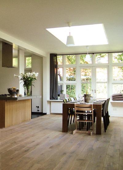 Modern Esszimmer by RESONATOR Coop Architektur + Design