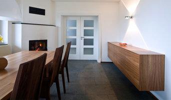 Blick von der offenen Küche ins Esszimmer