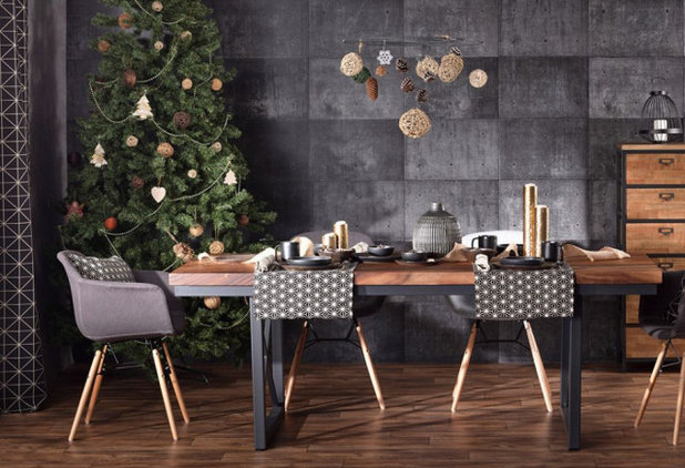 Industrial Dining Room by Dekoria GmbH